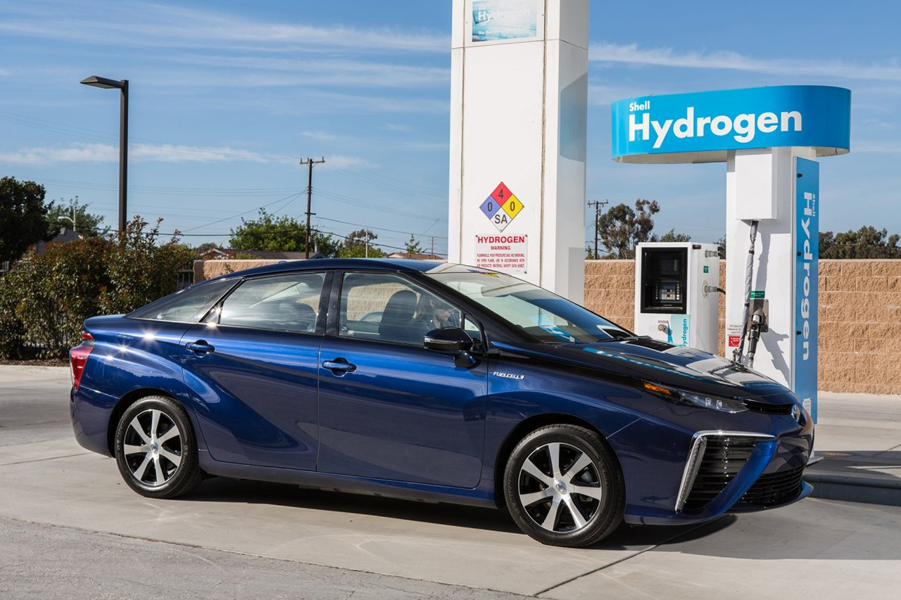 Is Canada Ready for Hydrogen Cars?